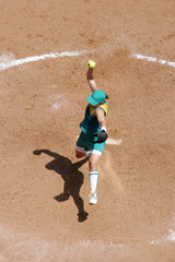 softball overhead 02