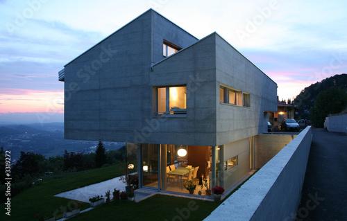 Leinwandbild Motiv maison en béton