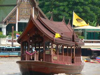 taxi barca in tailandia
