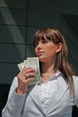 femme et argent