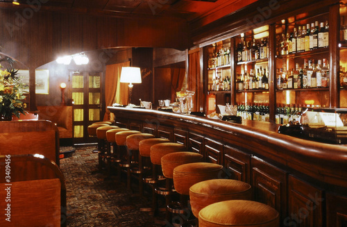 interieur de bar - 3409456