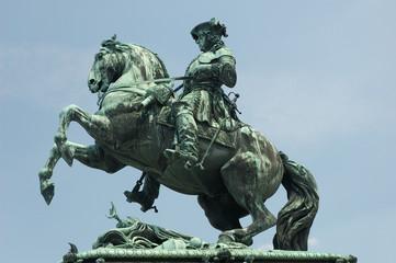 statue von prinz von savoy