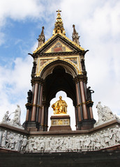 prince albert memorial in kensington gardens, london