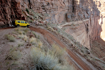off-roading in white rim canyon