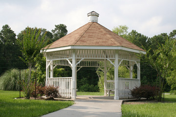 short trail to gazebo