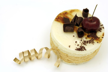 pear and caramel mousse cake