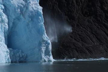 desprendimiento en un glaciar