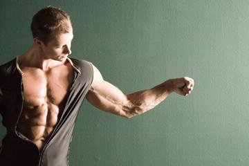 muscular body builder