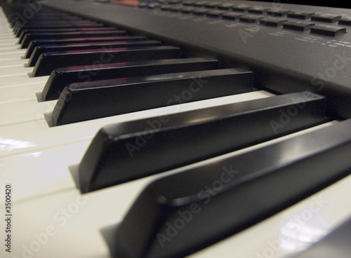 keyboard / music / piano