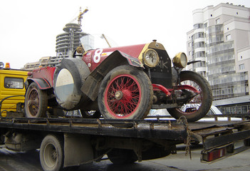 retro race automobile