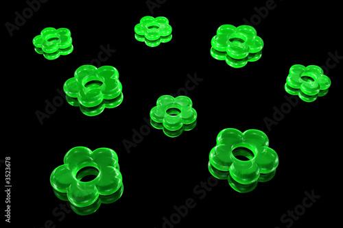 kamien-kwiat-zielony-czarny-tlo