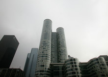 la defense tower