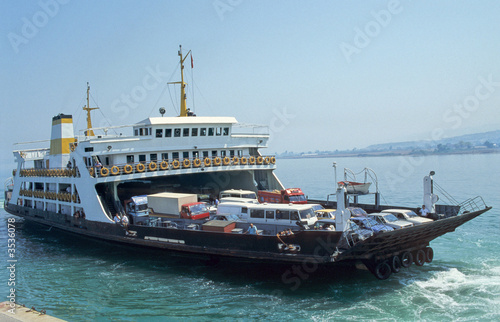 Canvas Turkey Ferryboat-1