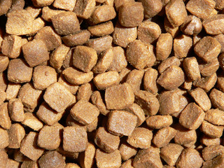 dry feed from meat chicken for dogs