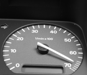 rpm indicator showing a very high reading