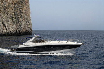 powerboat, island of Capri