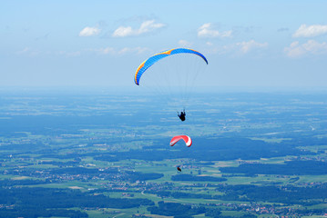 2 hang-glider in the Alps sky over Bavaria