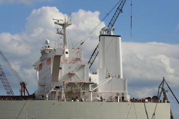 Schiff im Dock II