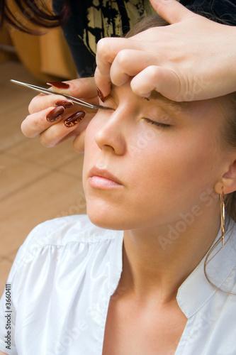 poster of Longer lashes in salon