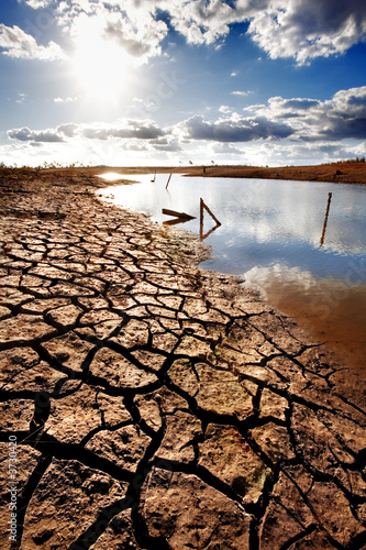 Lake bed drying up due to drought - 3730420