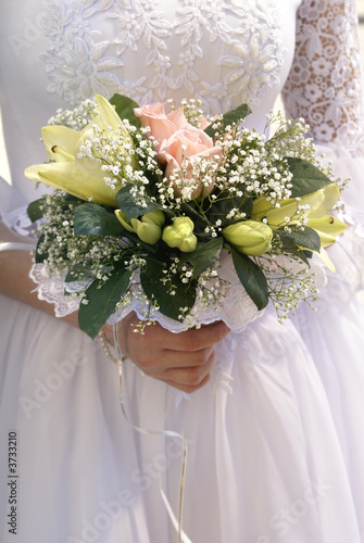 bridal bouquet  before ceremony
