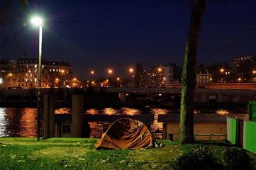 camping en ville sans abri