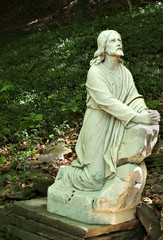 Jesus Praying Statue
