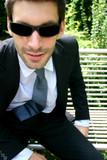 Geschäftsmann mit Sonnenbrille