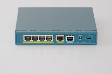 Firewall Router VPN with biult in Switch, Wan, Console port