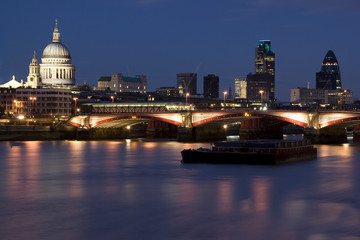 Bridge Blackfriars with St.Paul, Gherkin, Thames at night.