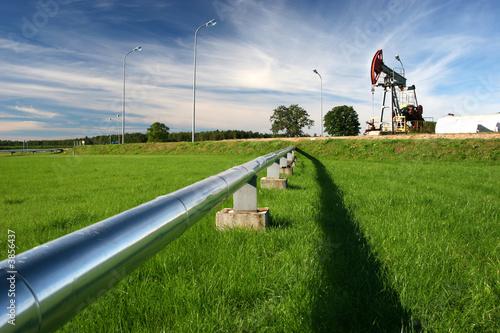 Leinwanddruck Bild Pipeline coming from oil pump