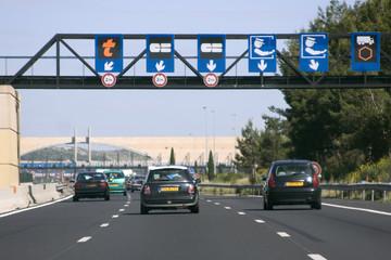 Transport : Autoroute et péage - circulation routière