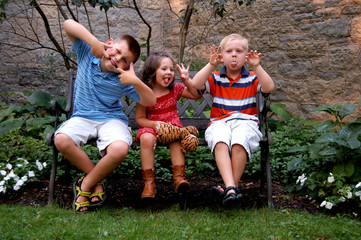 Crazy Cousins