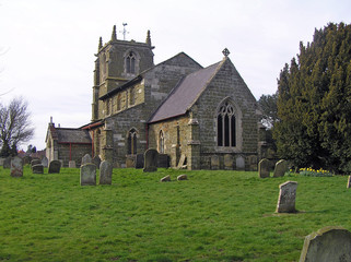 Tetford, Lincs, CofE Church and Churchyard
