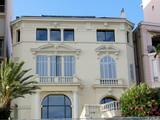 Villa, volets fermés, Palmier poster