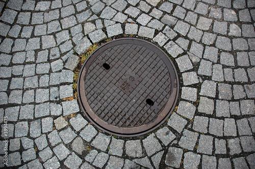 Leinwanddruck Bild Manhole cover