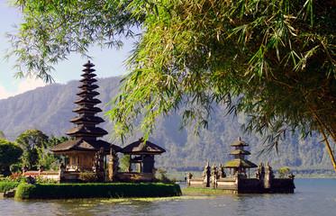 Bali woda świątynia