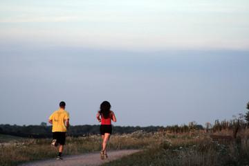 2 runners