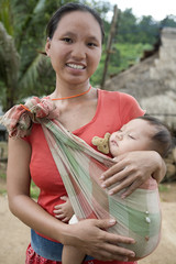 Akha-Frau mit Kind