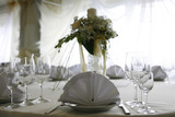 Table setting for a wedding or dinner event, with flowers# 4 poster