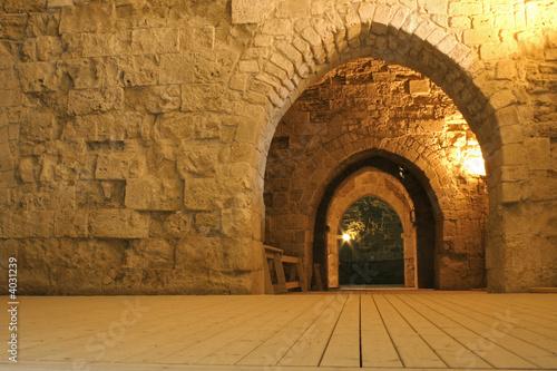 knight templer tunnel jerusalem israel - 4031239
