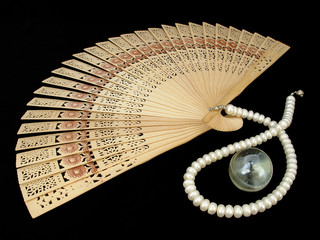 chinese wooden fan