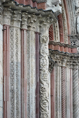 colonnes en marbre