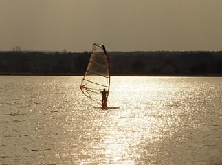 sunset windsurf