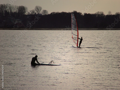 sunset windsurf