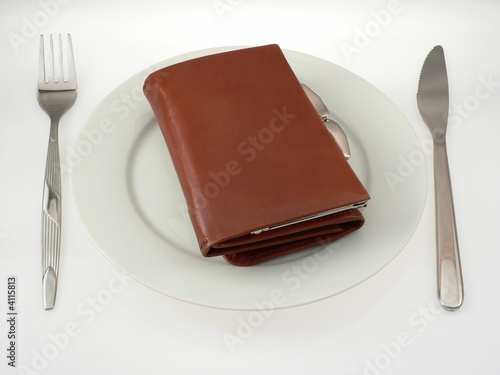 wallet on the plate