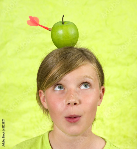girl with an apple on her head, hitted by a red arrow