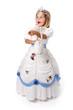 Enfant déguisé en robe blanche