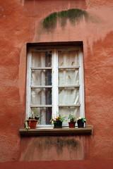 fenêtre dans le vieux Lyon