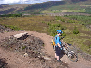 cycling at golspie black track